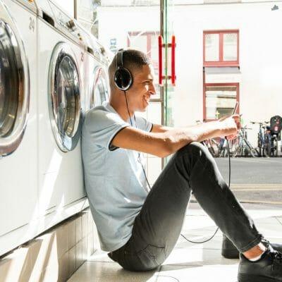 podcast-laundromat